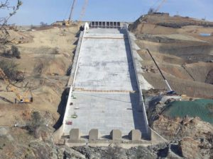 Expert Says Oroville Dam Is Acting Like Before! | KAHI com